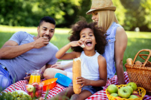 LIMC - Packing A Picnic Basket For The Whole Family